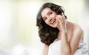 Диктор для телефонной рекламы